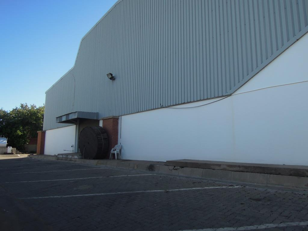 Commercial Property in Gaborone West Industrial To Rent