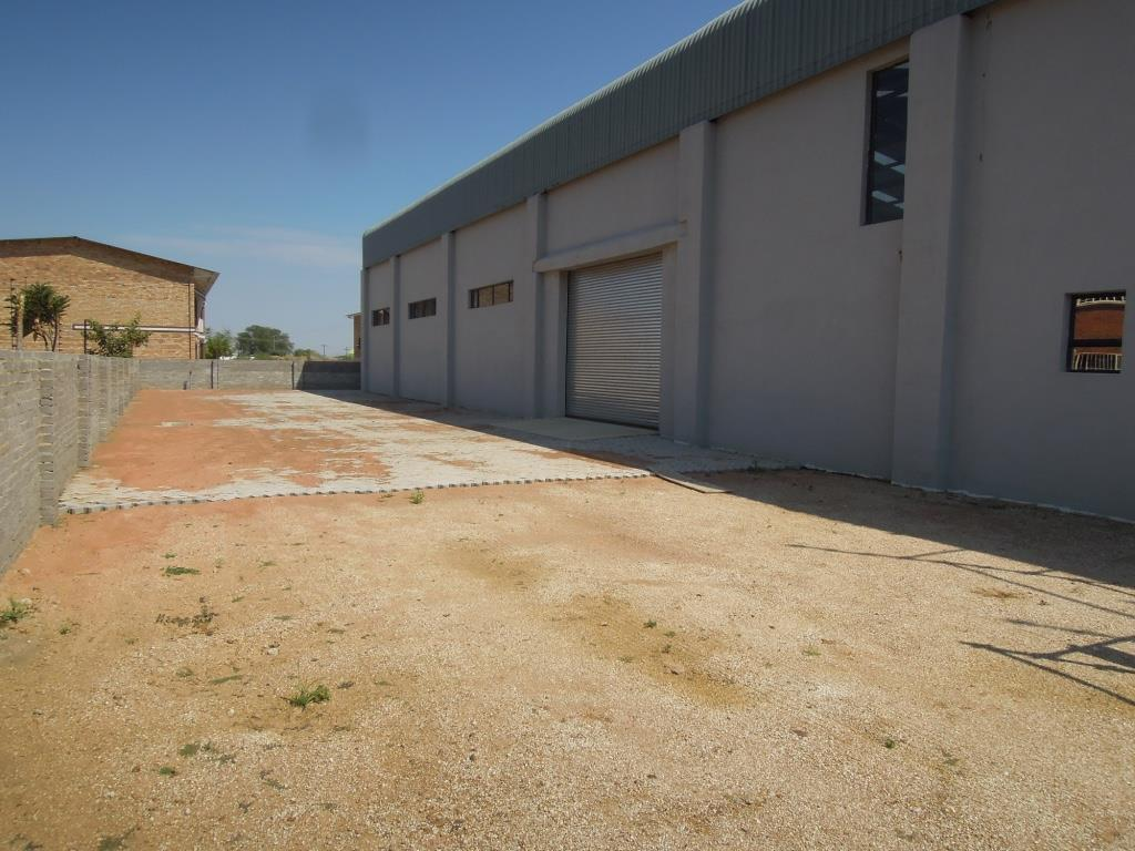 Industrial in Tlokweng Central For Sale