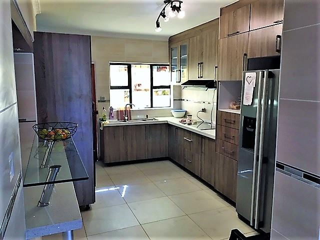 5 Bedroom House To Rent in Gaborone