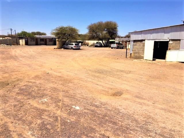 Industrial Property in Tlokweng Central To Rent