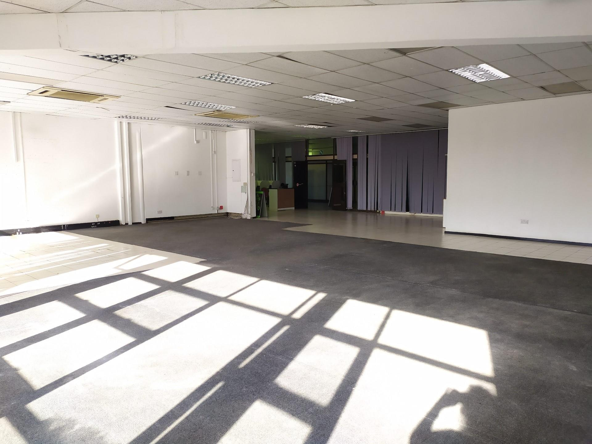 Office in Broadhurst To Rent