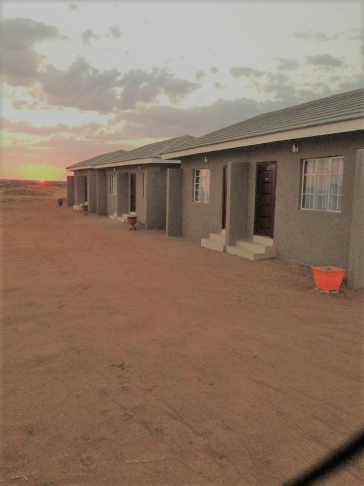 Lodge in Lobatse Central For Sale
