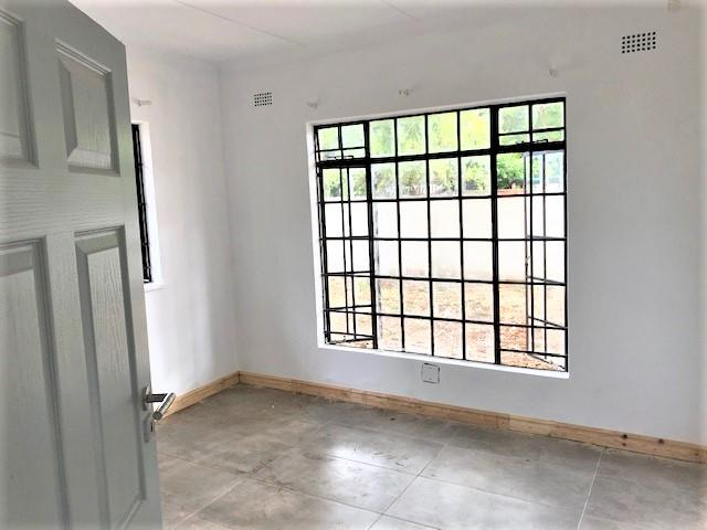 3 Bedroom House To Rent in Extension 9