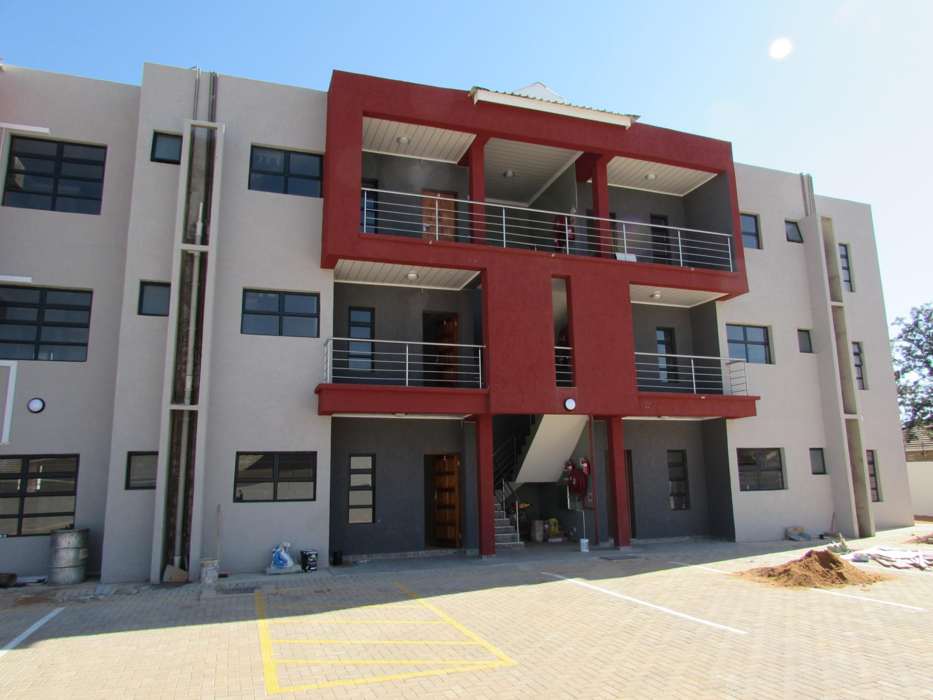 2 Bedroom Apartment / Flat To Rent in Extension 10