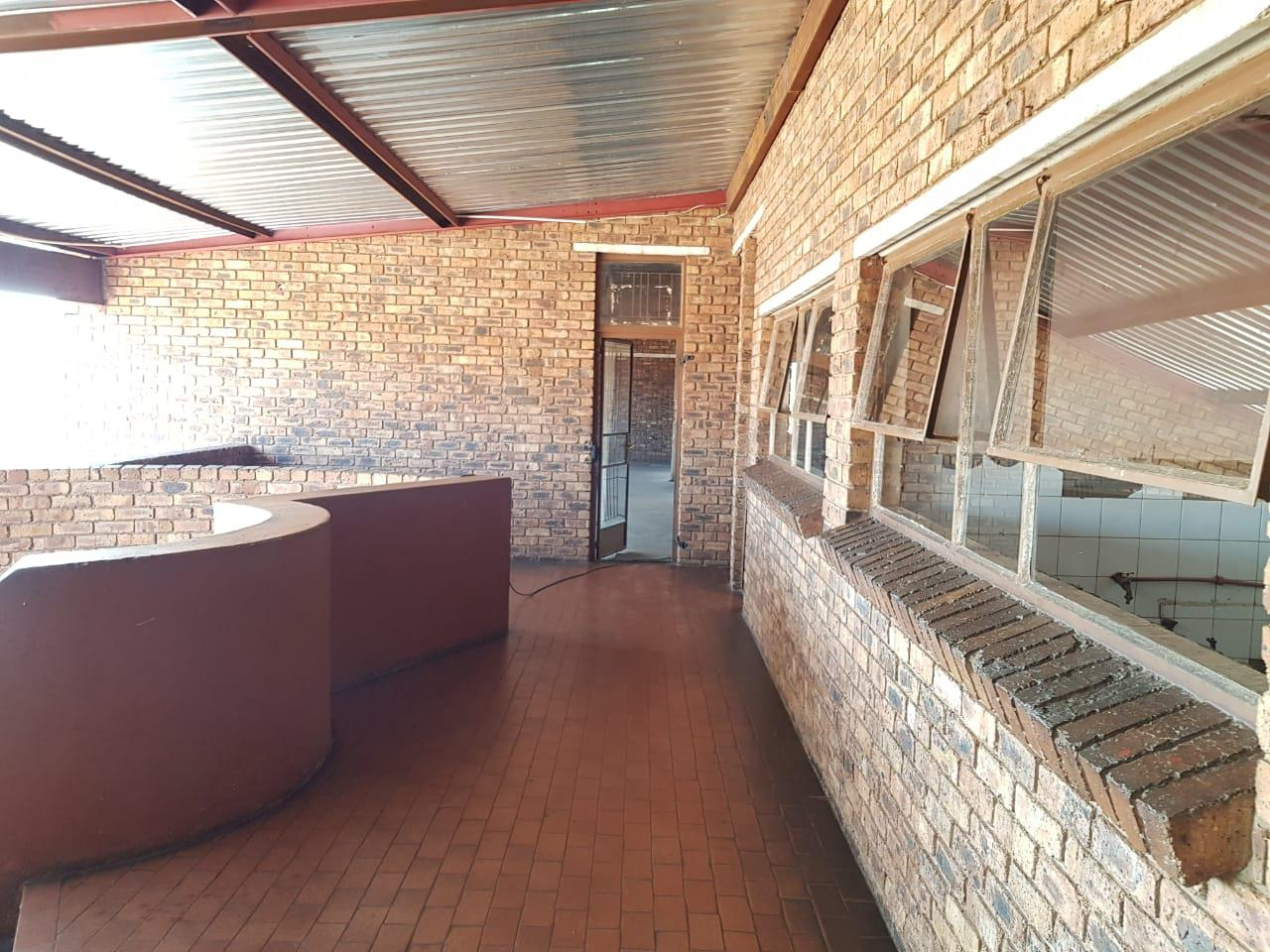 Retail And Offices in Katlehong South For Sale
