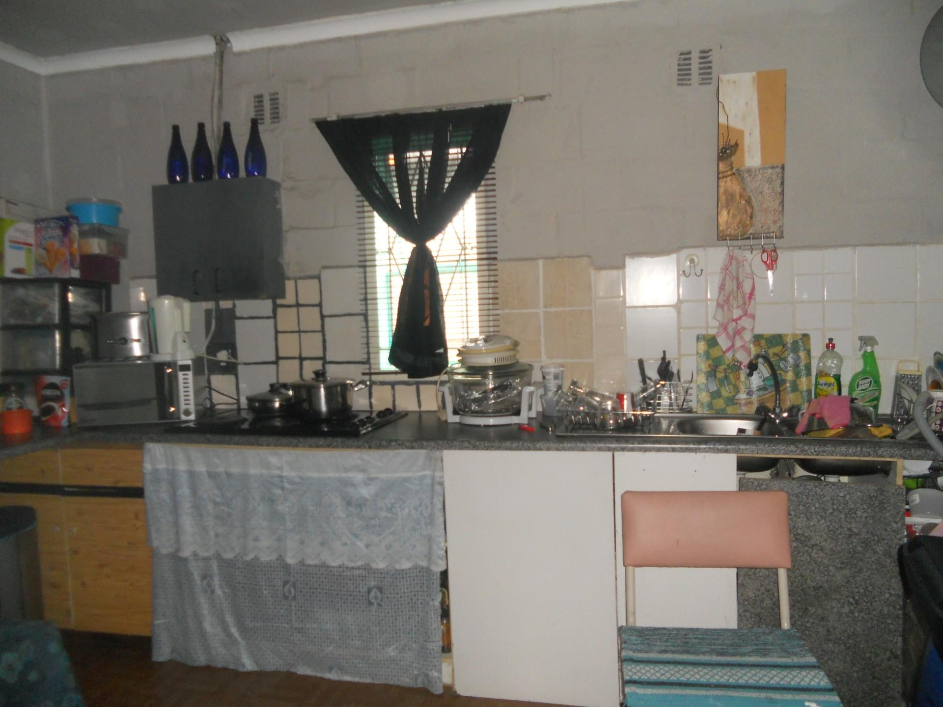 2 Bedroom House For Sale in Green Lands