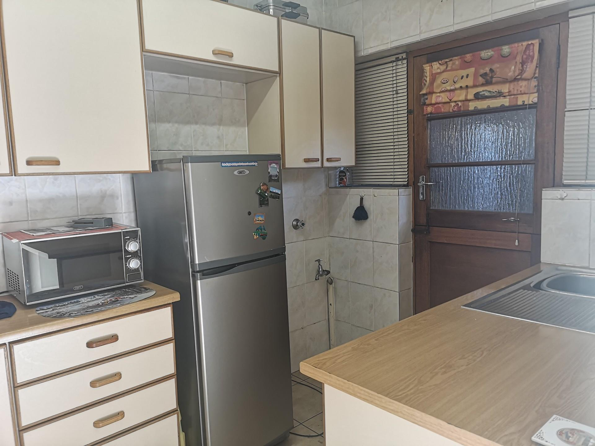 2 Bedroom House For Sale in Sonnekuil