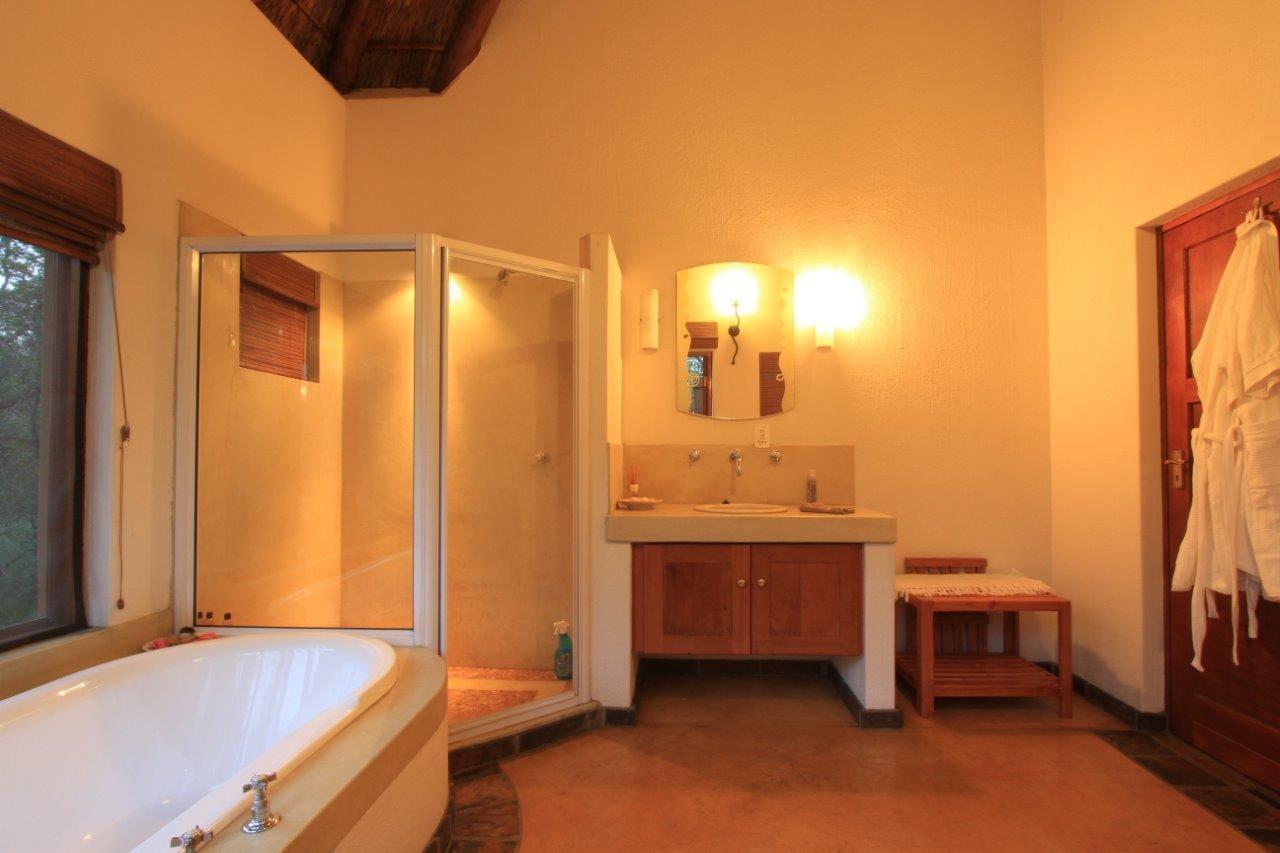 4 Bedroom House For Sale in Welverdiend Game Reserve