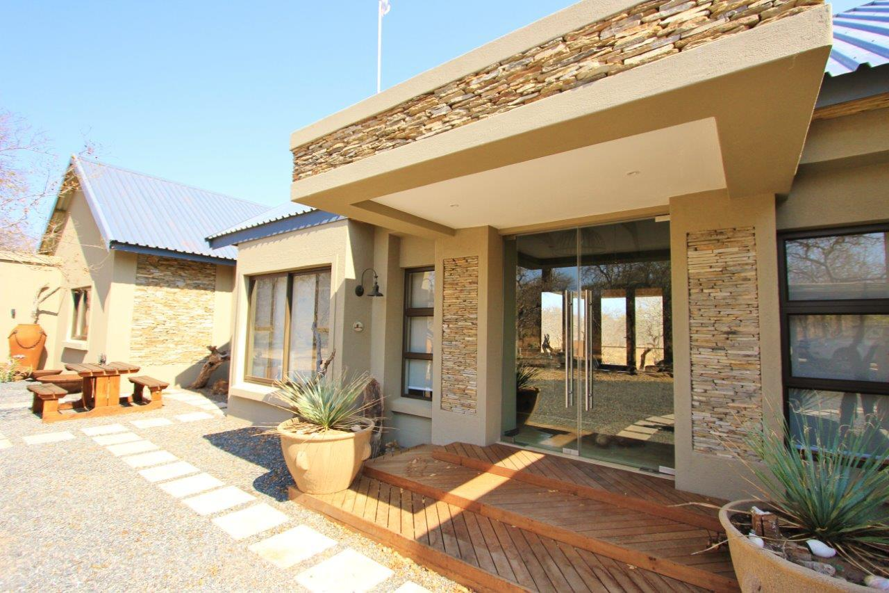 4 Bedroom House For Sale in Leadwood Big Game Estate
