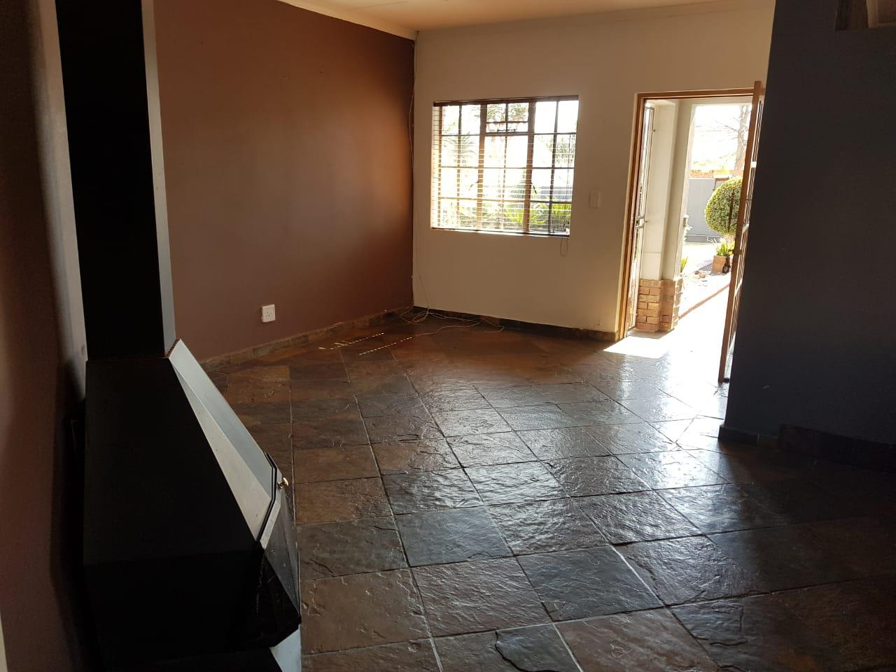 4 Bedroom House For Sale in Lydenburg