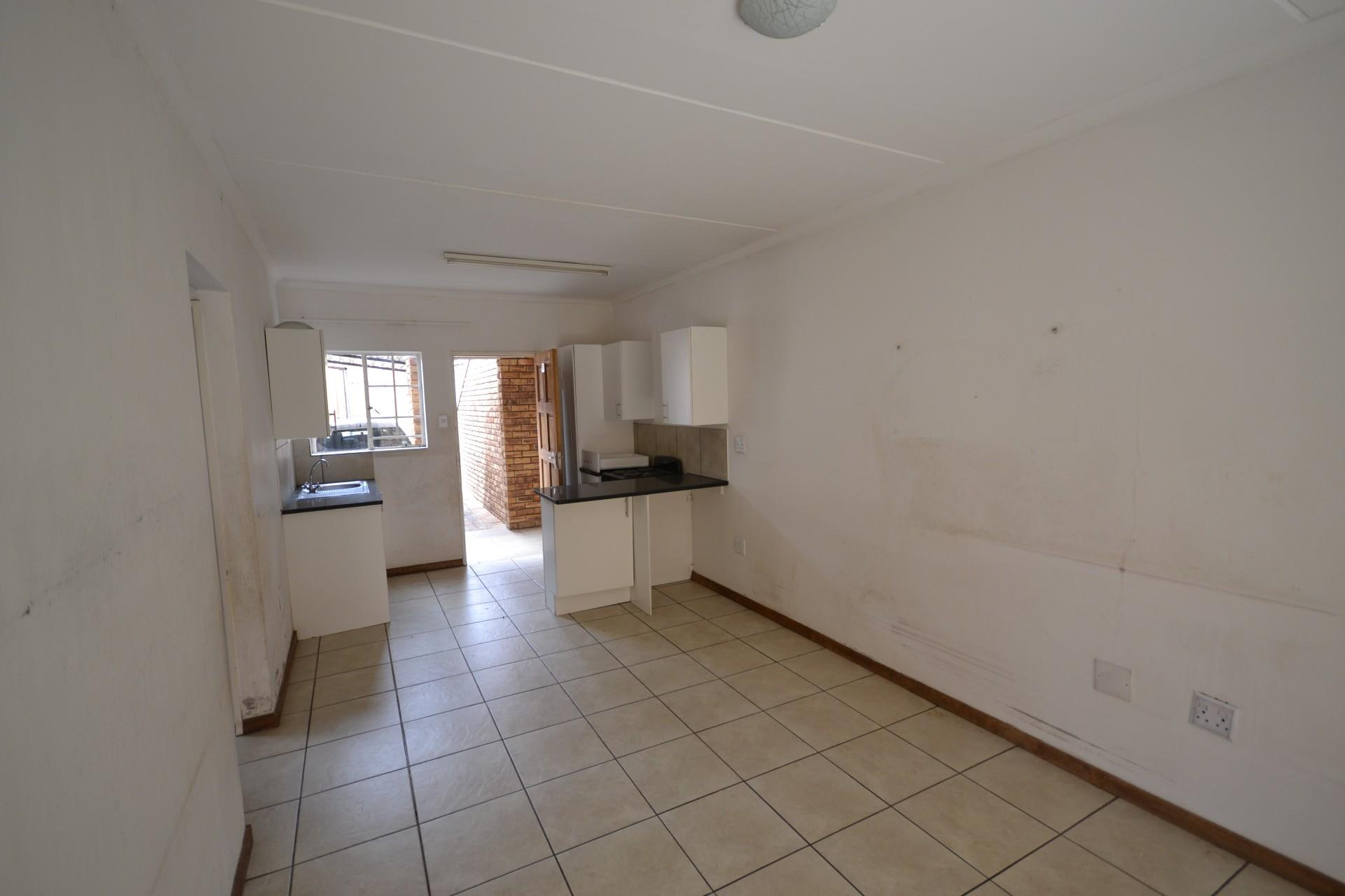 2 Bedroom Apartment / Flat To Rent in South Crest
