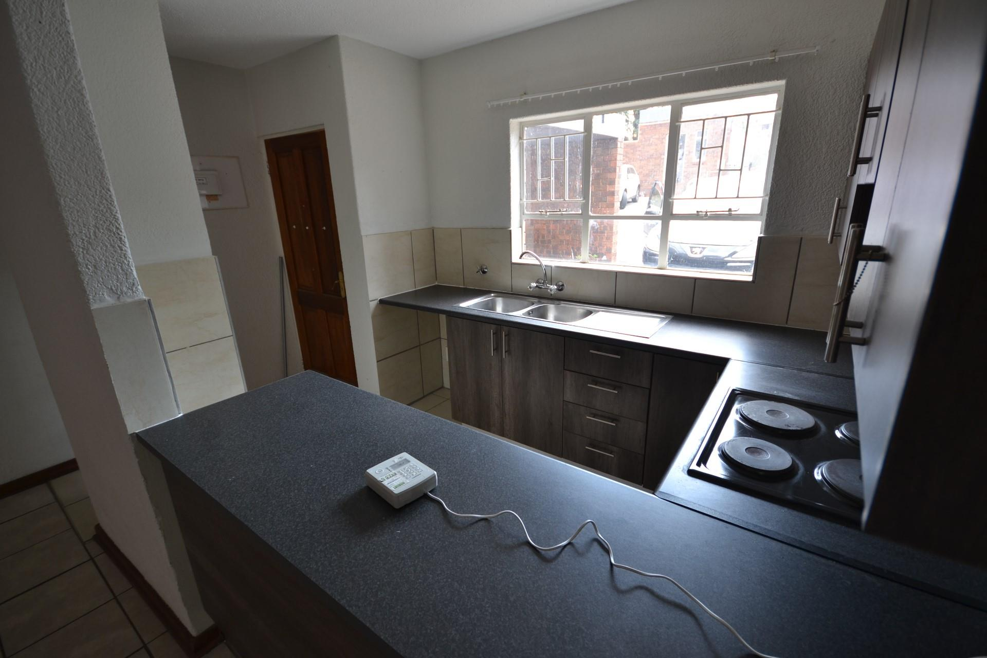 1 Bedroom House To Rent in Forest Hill