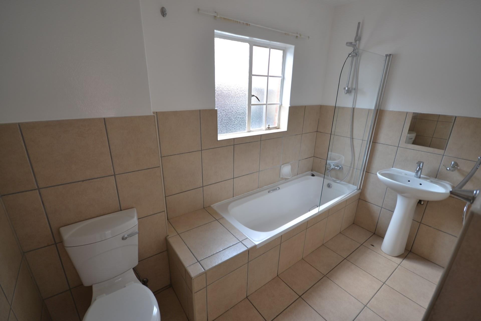 2 Bedroom Apartment / Flat To Rent in Forest Hill
