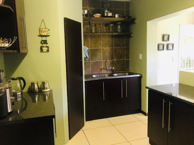 4 Bedroom House For Sale in Brackendowns