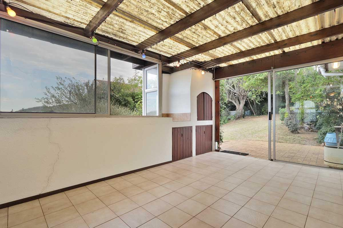 4 Bedroom House For Sale in Hoheizen