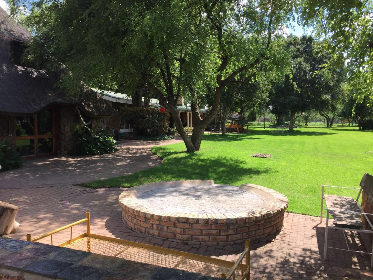 5 Bedroom House For Sale in Viljoenskroon Rural