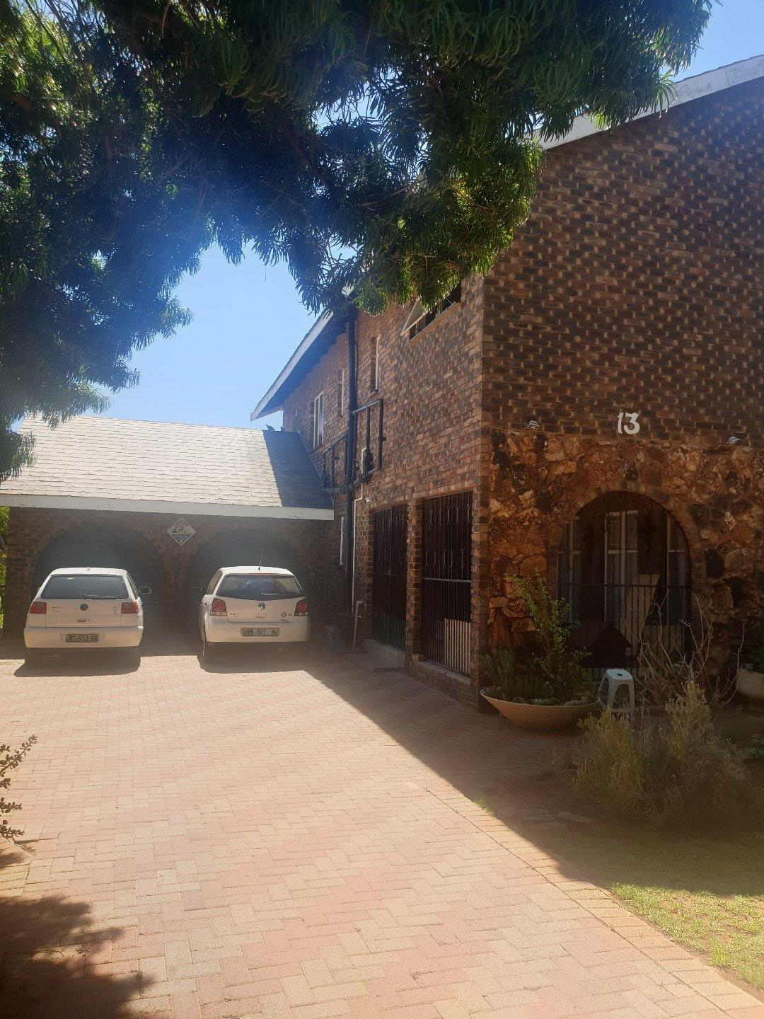 4 Bedroom House To Rent in Stilfontein
