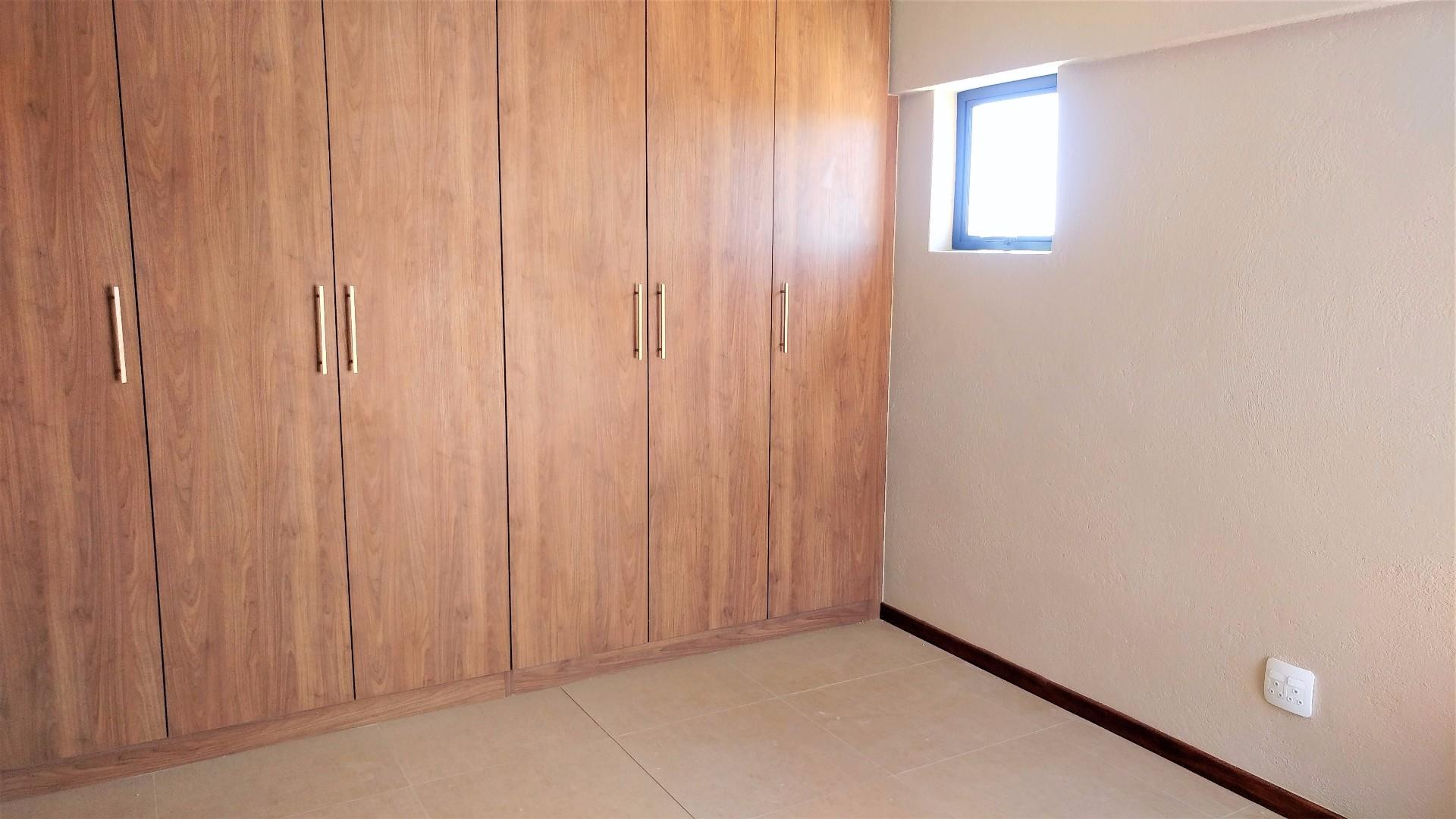 3 Bedroom House For Sale in Sonheuwel