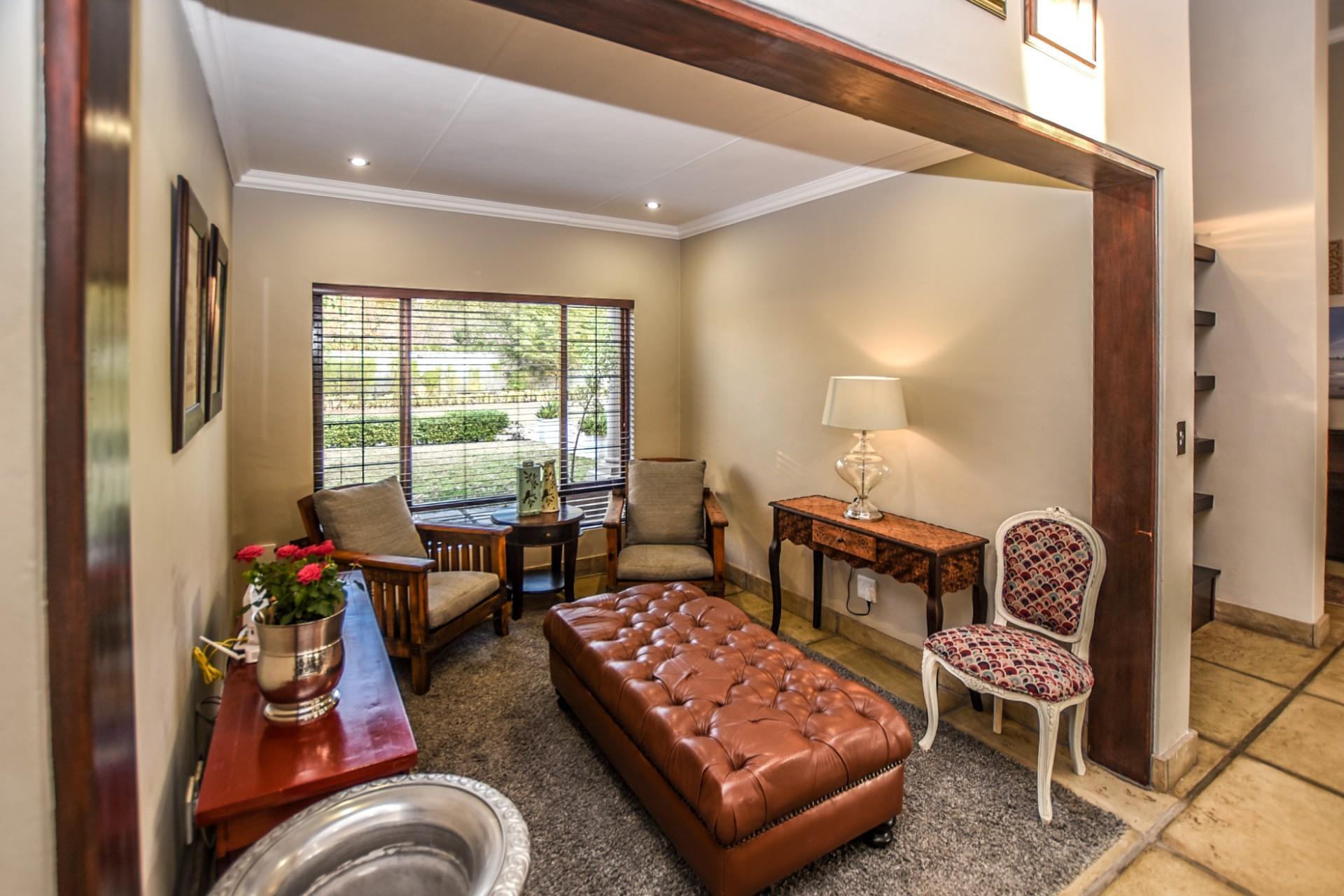 4 Bedroom House For Sale in Shandon Estate