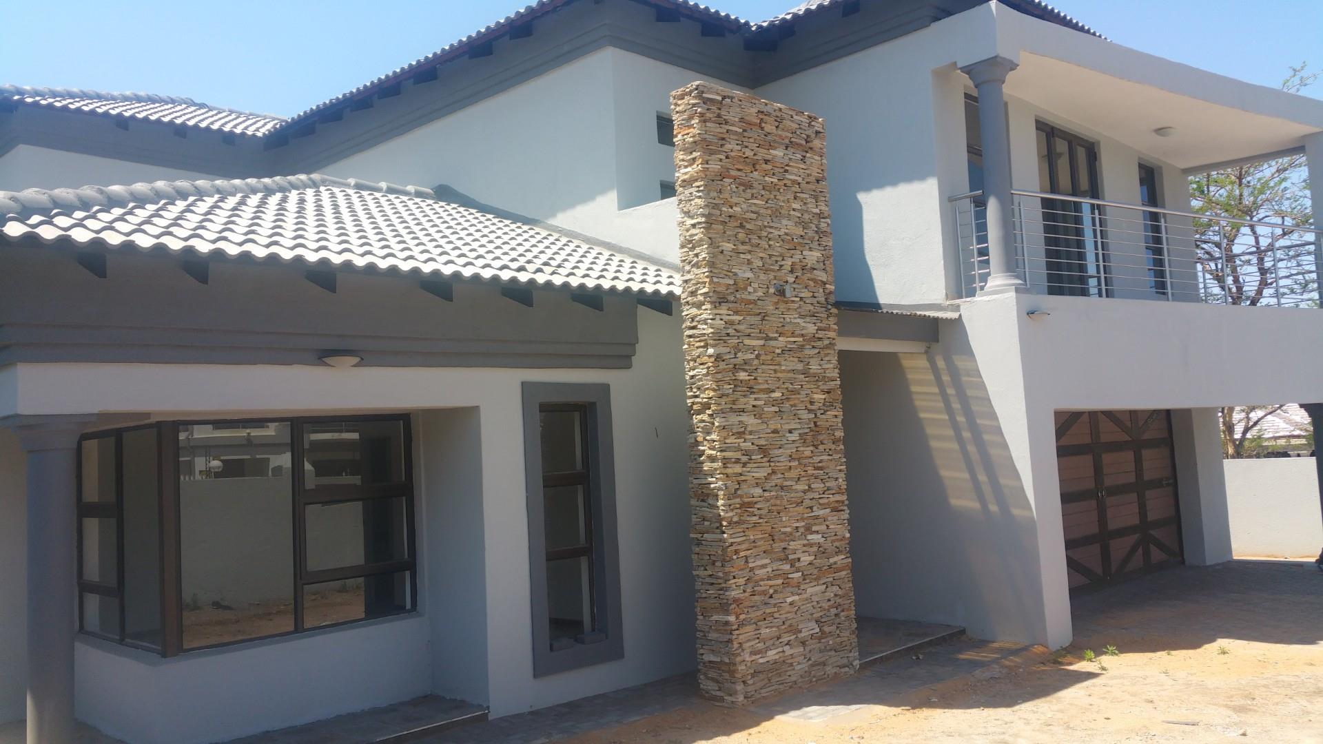 5 Bedroom House For Sale in Drum Rock