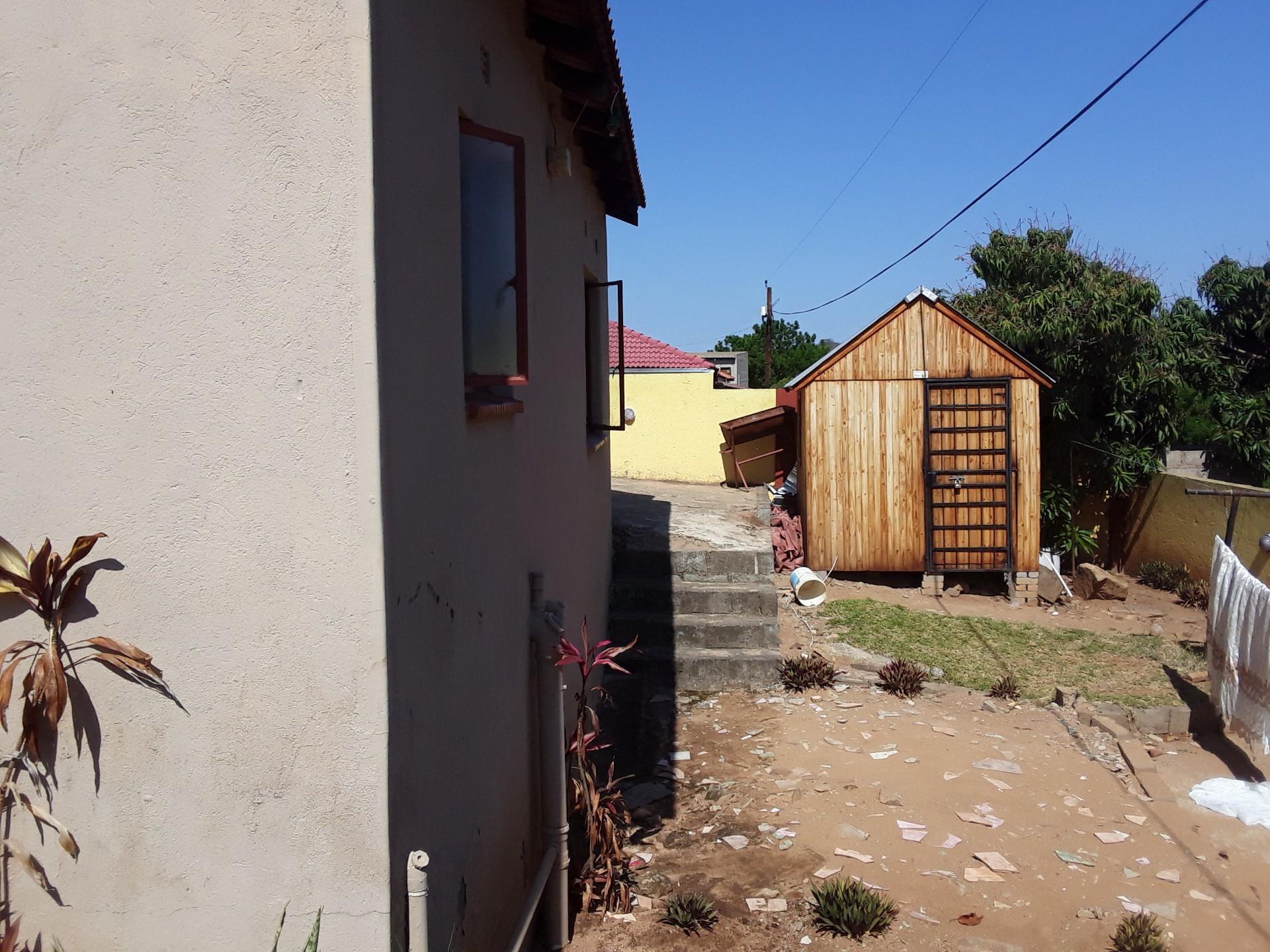 3 Bedroom House For Sale in Kamagugu