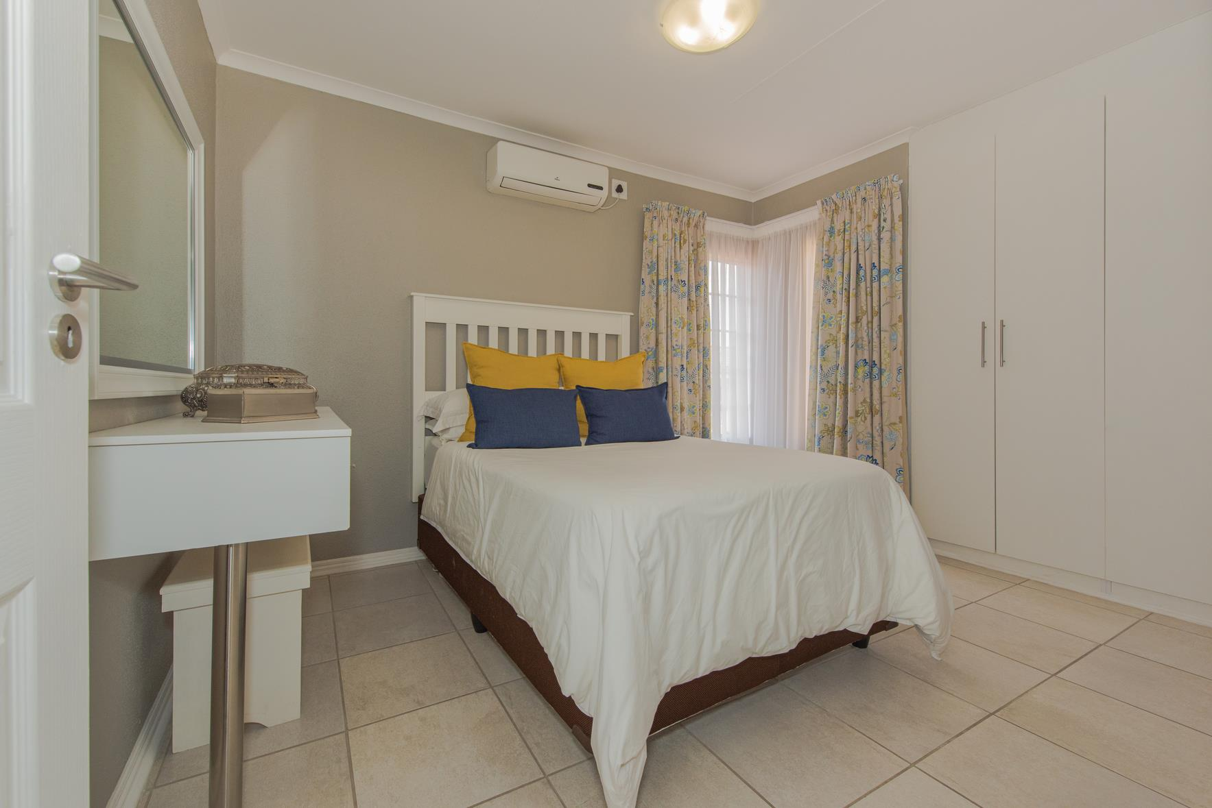 2 Bedroom House For Sale in West Acres