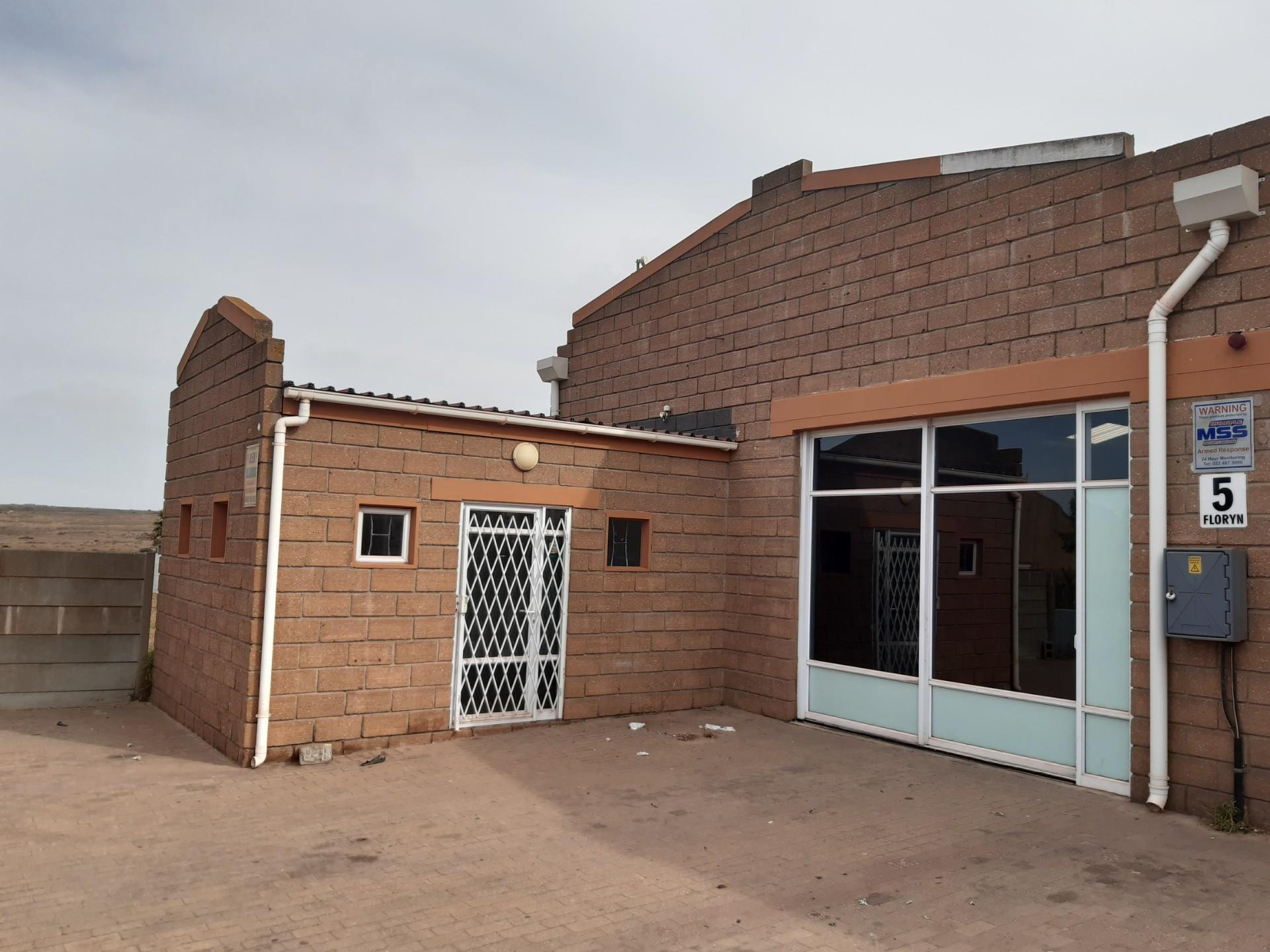 Commercial Property in Vredenburg To Rent