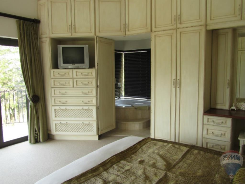 3 Bedroom House To Rent in Pezula Golf Estate