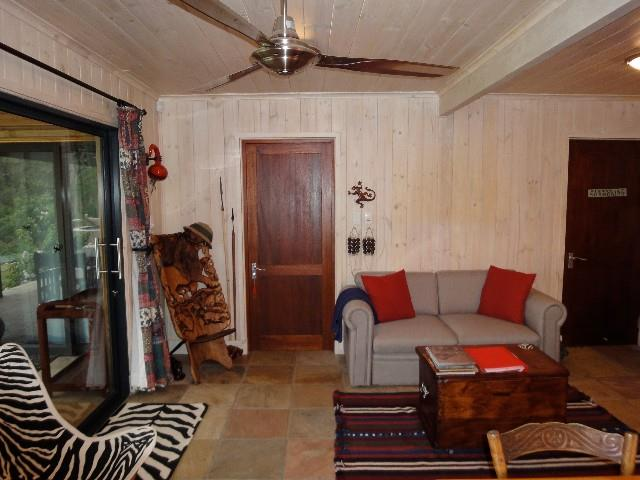 2 Bedroom House To Rent in Phantom Pass