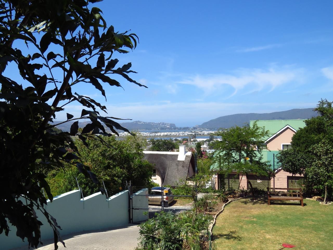 6 Bedroom House For Sale in Knysna Central