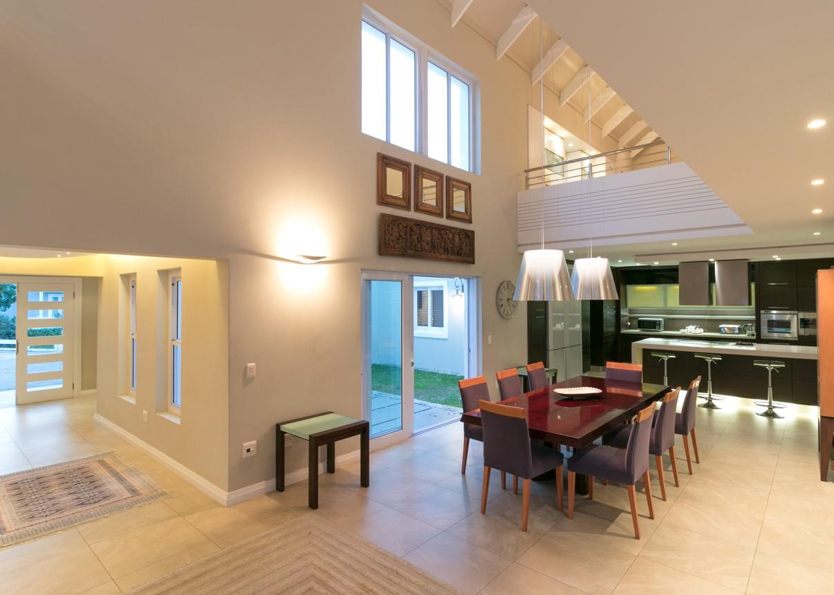 7 Bedroom House For Sale in Thesen Island