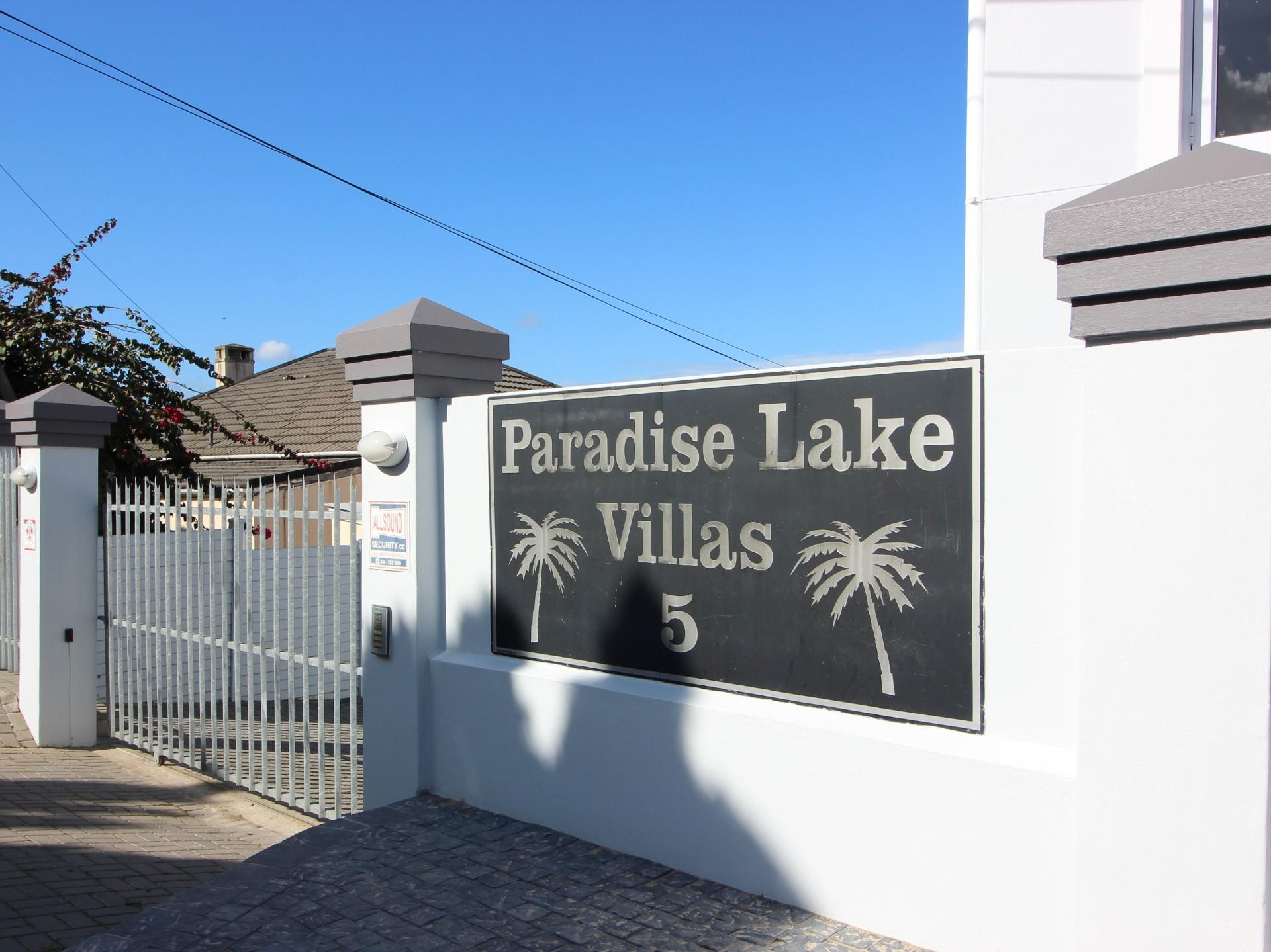 3 Bedroom House For Sale in Paradise