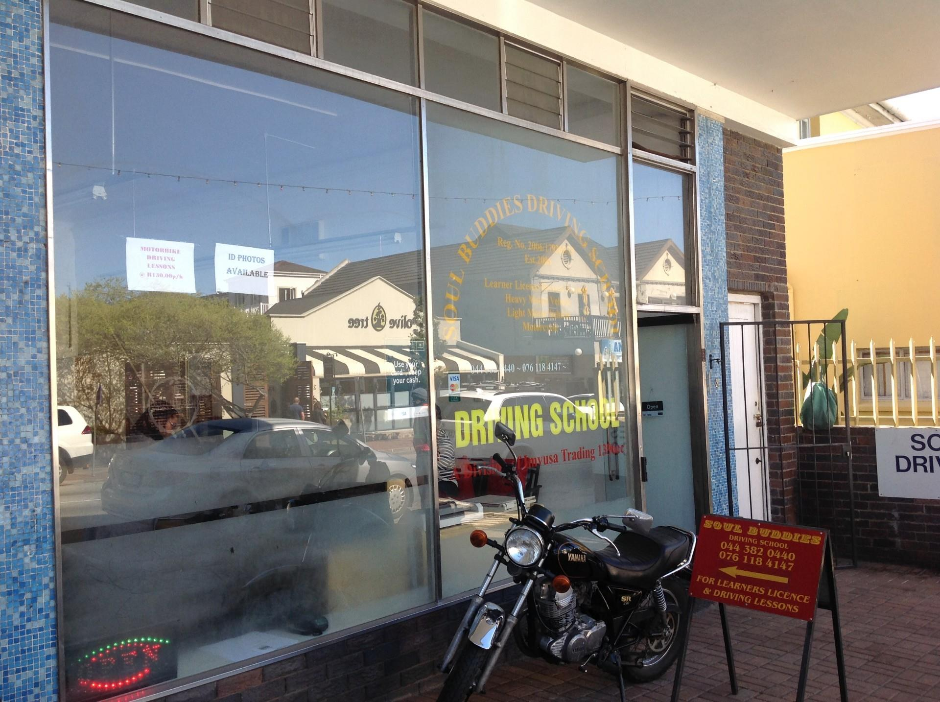 Retail And Offices in Knysna Central For Sale