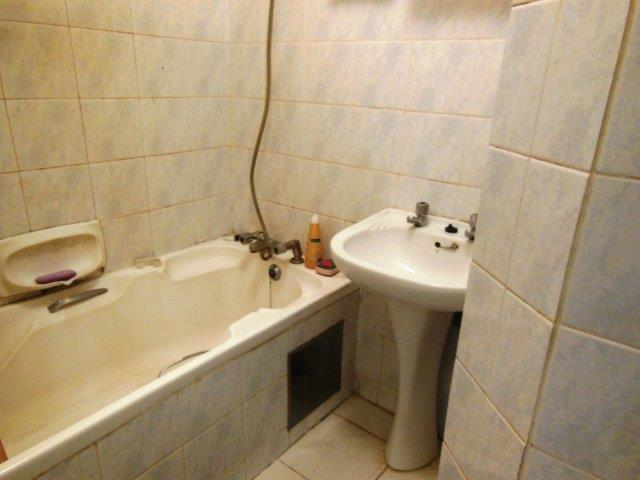 3 Bedroom Apartment For Sale in Old Place