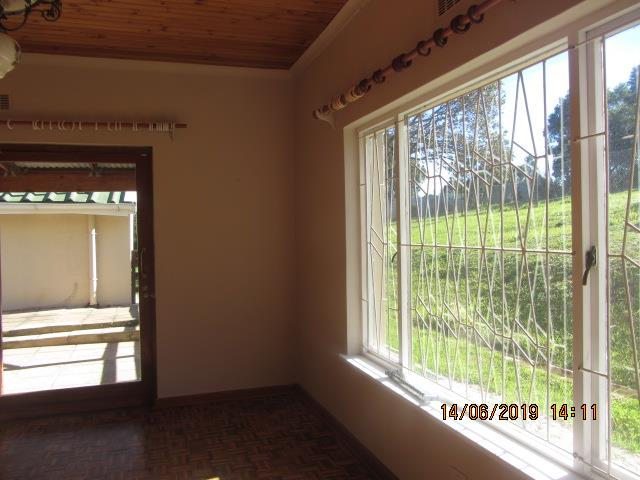3 Bedroom House To Rent in Hunters Home