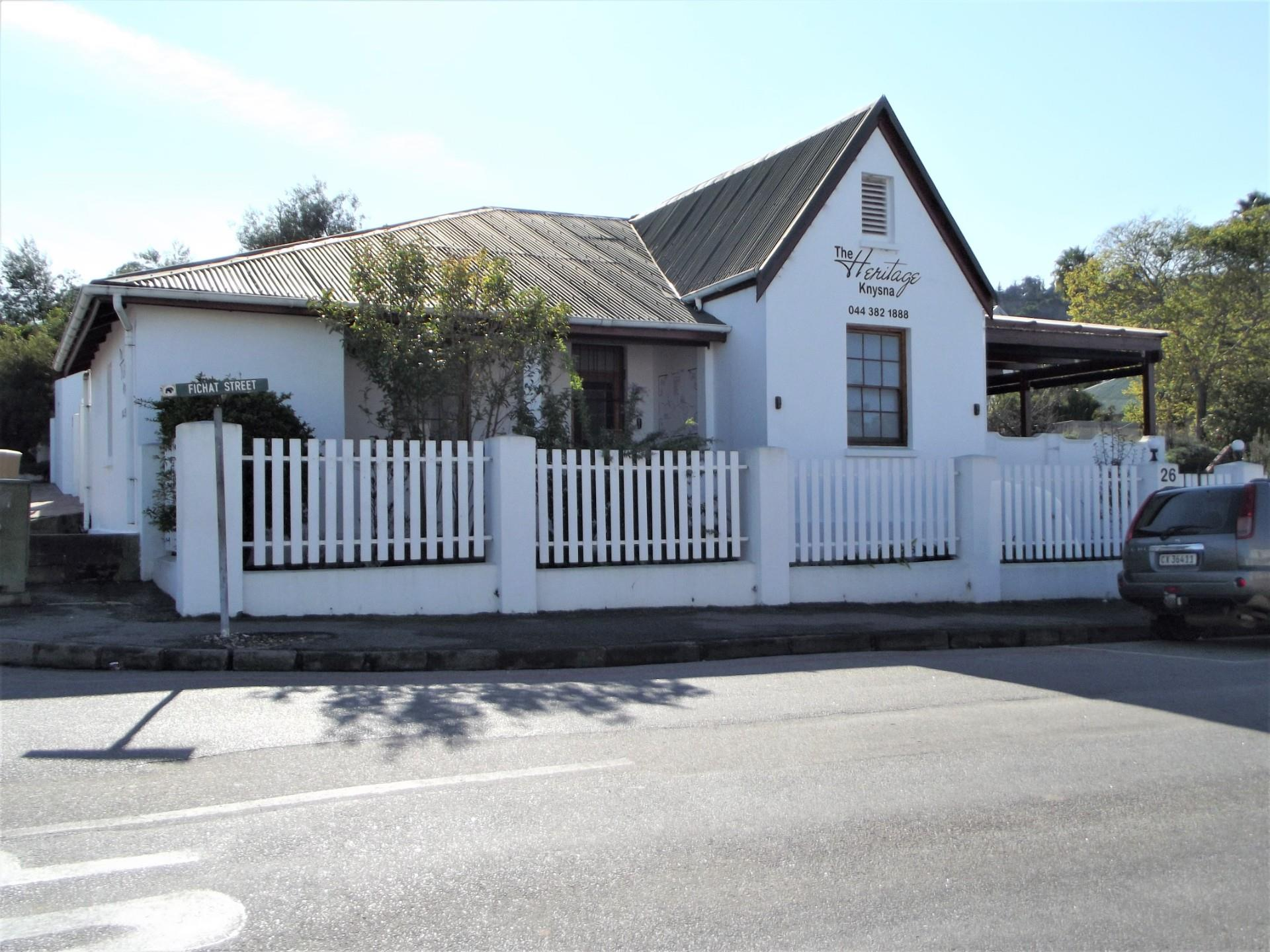 Commercial Property in Knysna Central To Rent