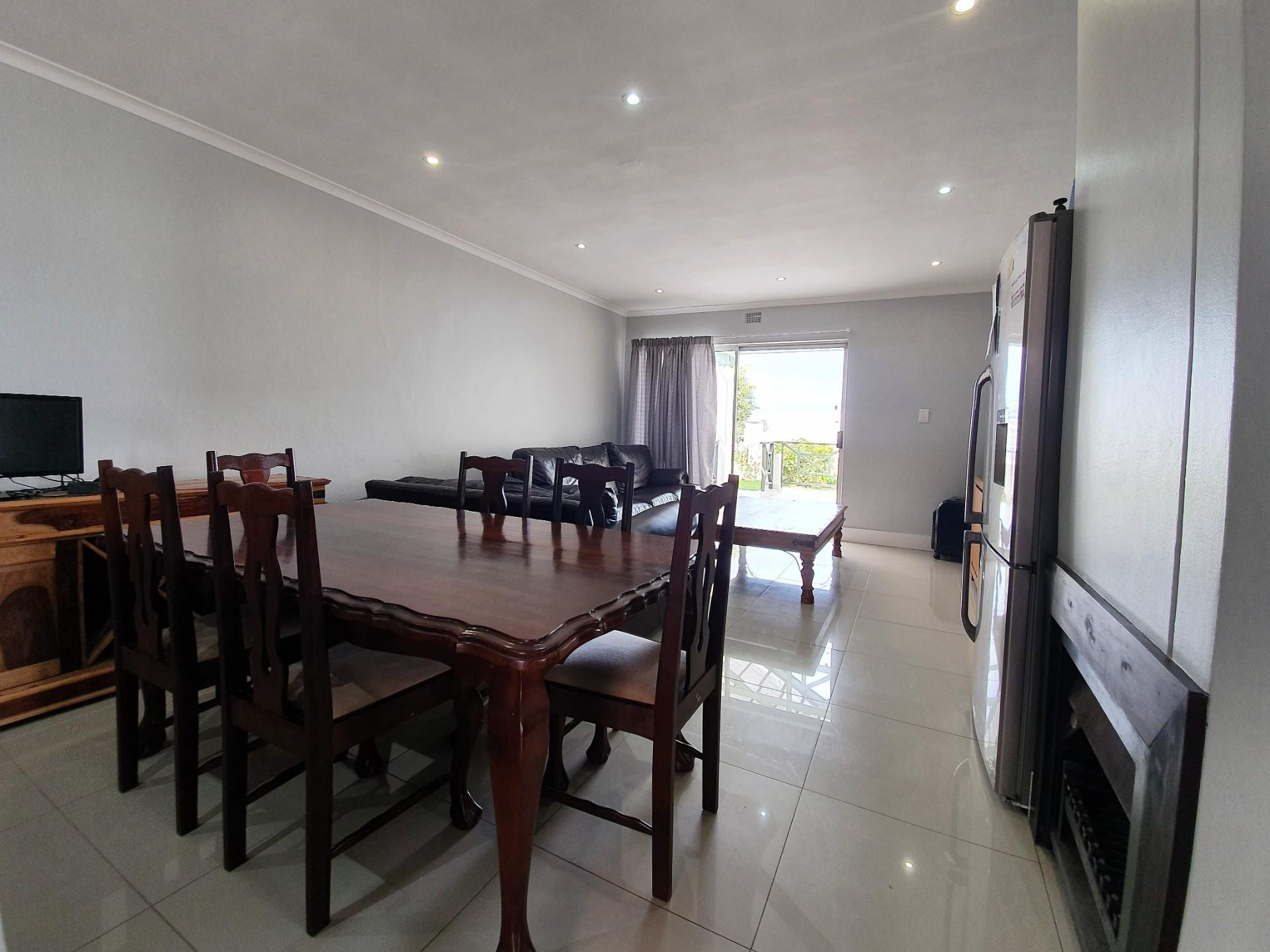 3 Bedroom Town house For Sale in Costa Sarda