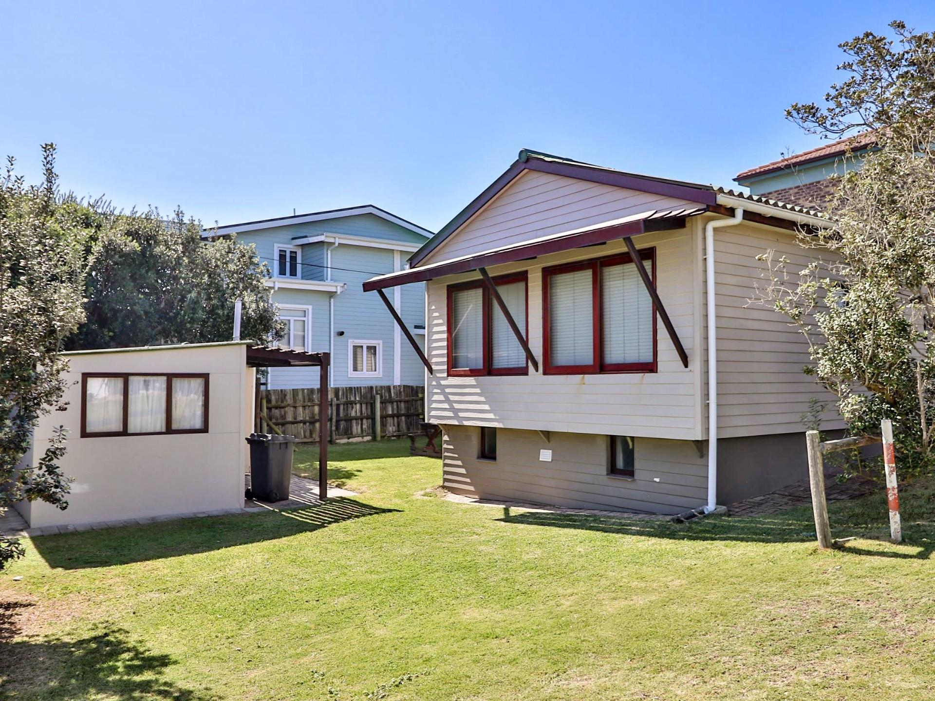 4 Bedroom House For Sale in Buffalo Bay