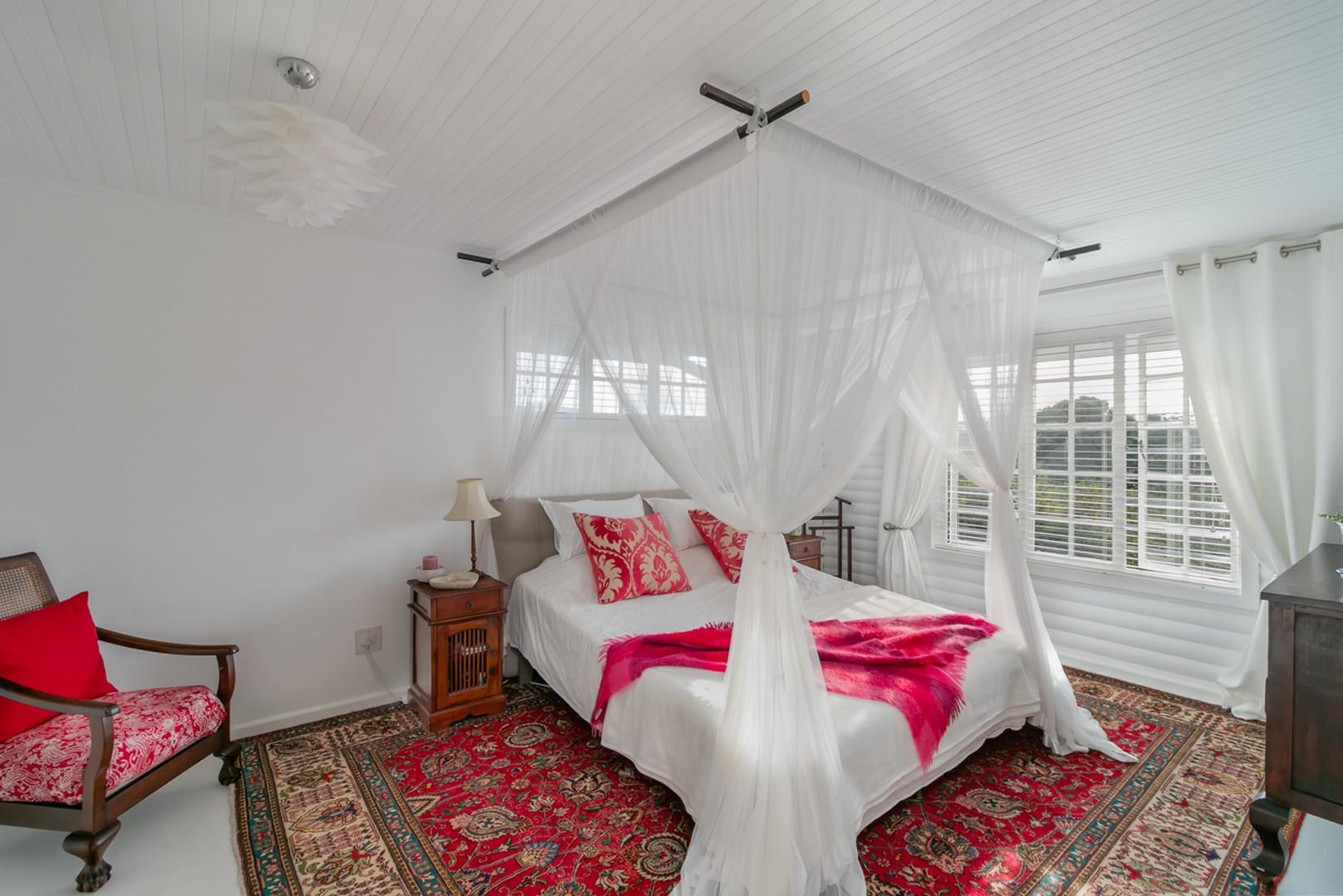 3 Bedroom House For Sale in Hunters Home