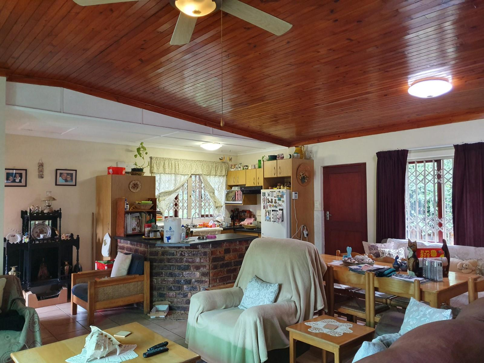 3 Bedroom House For Sale in The Island