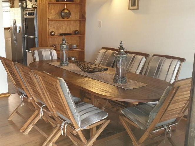 6 Bedroom House For Sale in Heuwelkruin