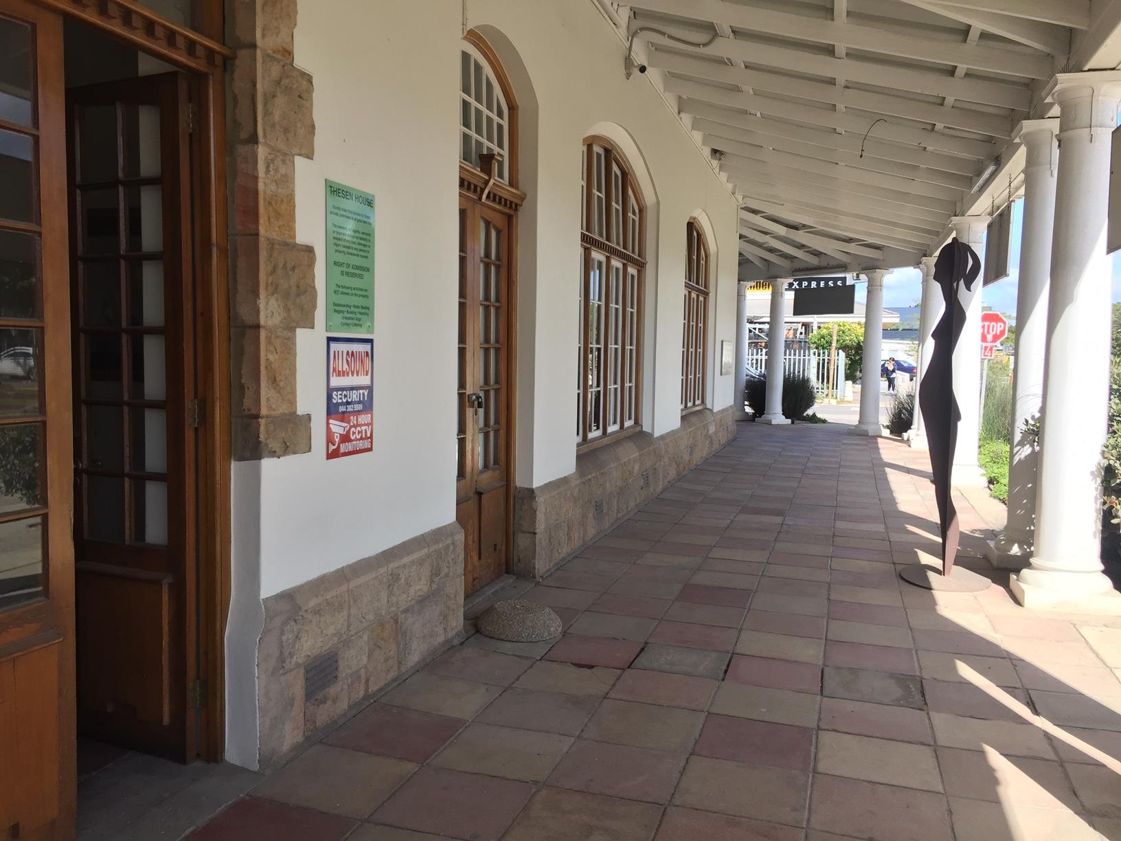Office in Knysna Central To Rent