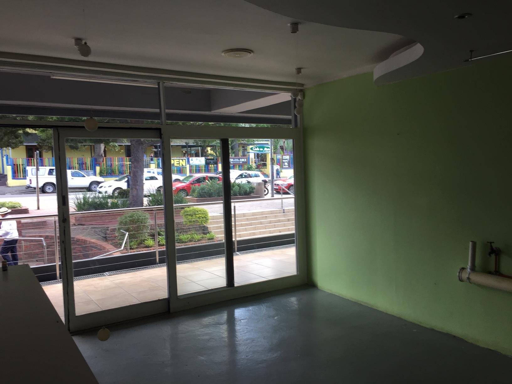 Business in Knysna Central To Rent