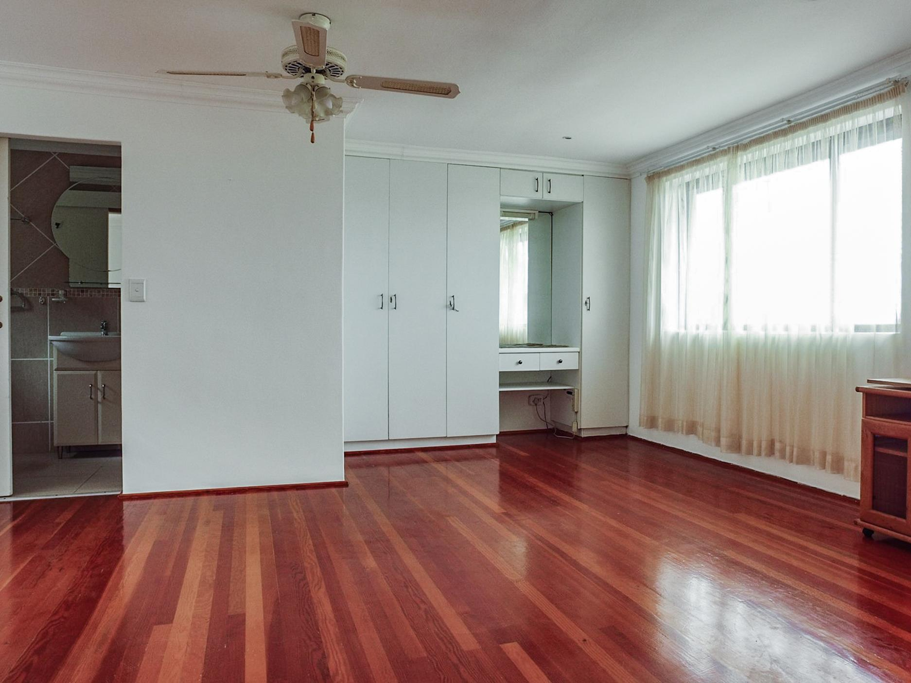 3 Bedroom House For Sale in Heuwelkruin