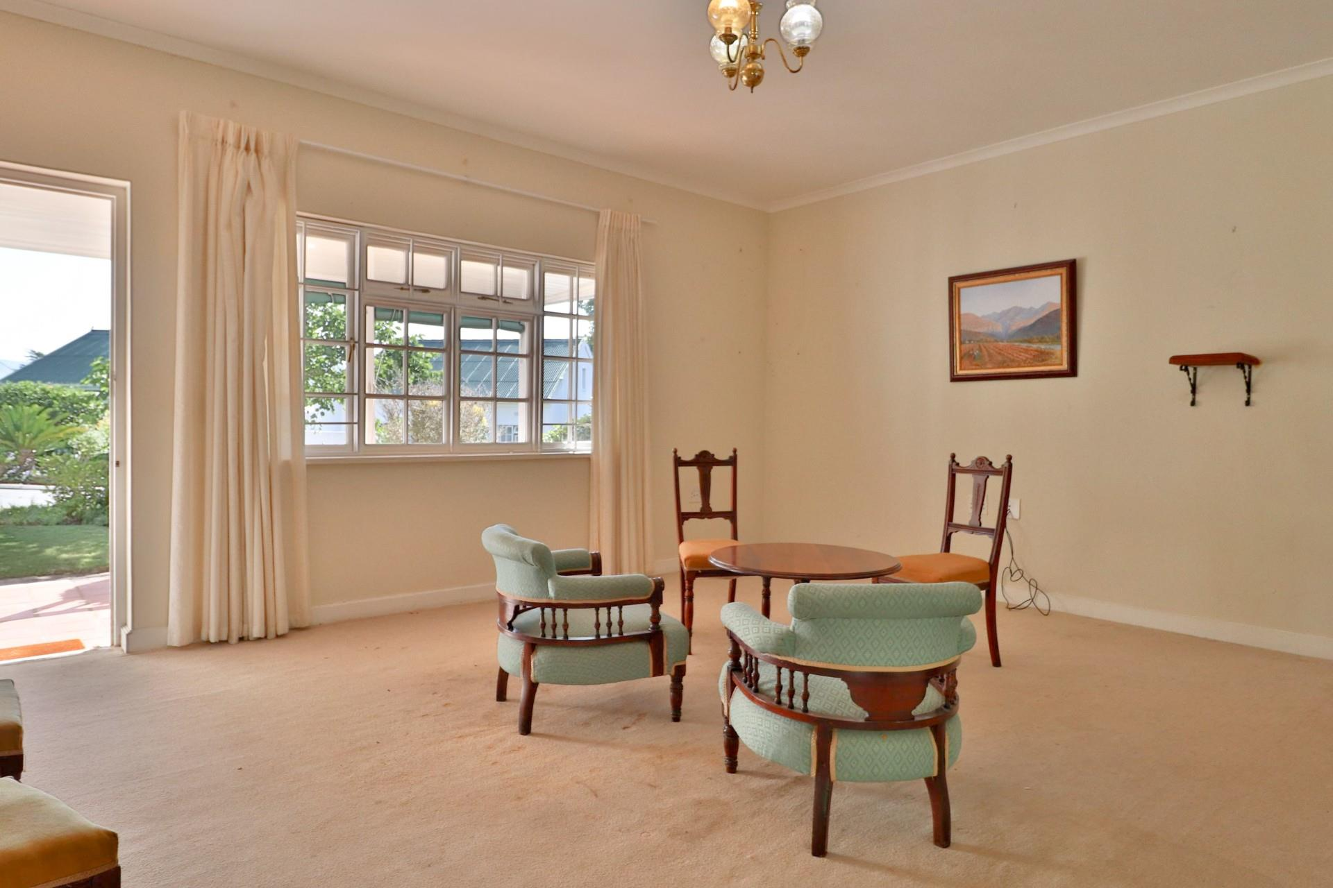 2 Bedroom House For Sale in Belvidere Estate