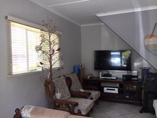 3 Bedroom House To Rent in Old Place