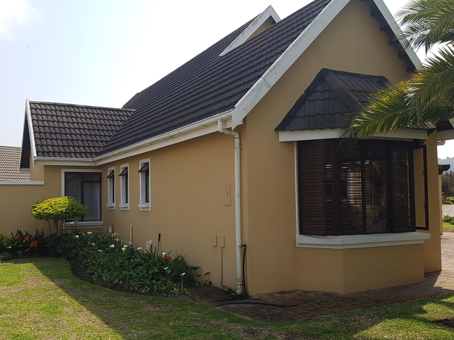 3 Bedroom House To Rent in The Island