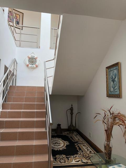 5 Bedroom House For Sale in Paradise Beach