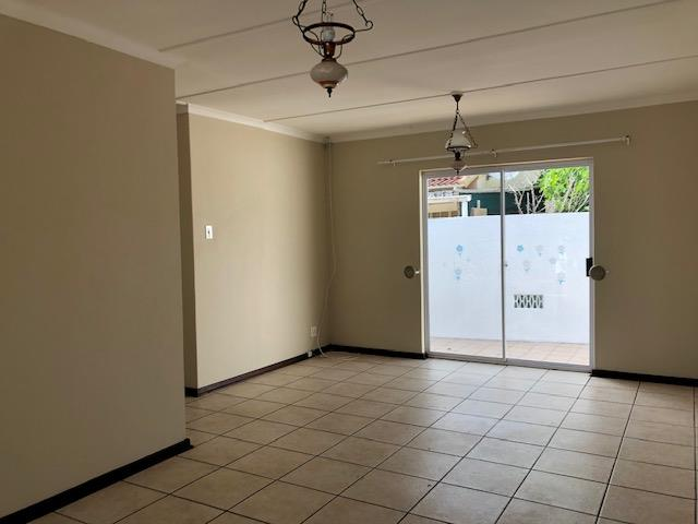 2 Bedroom House For Sale in Aston Bay