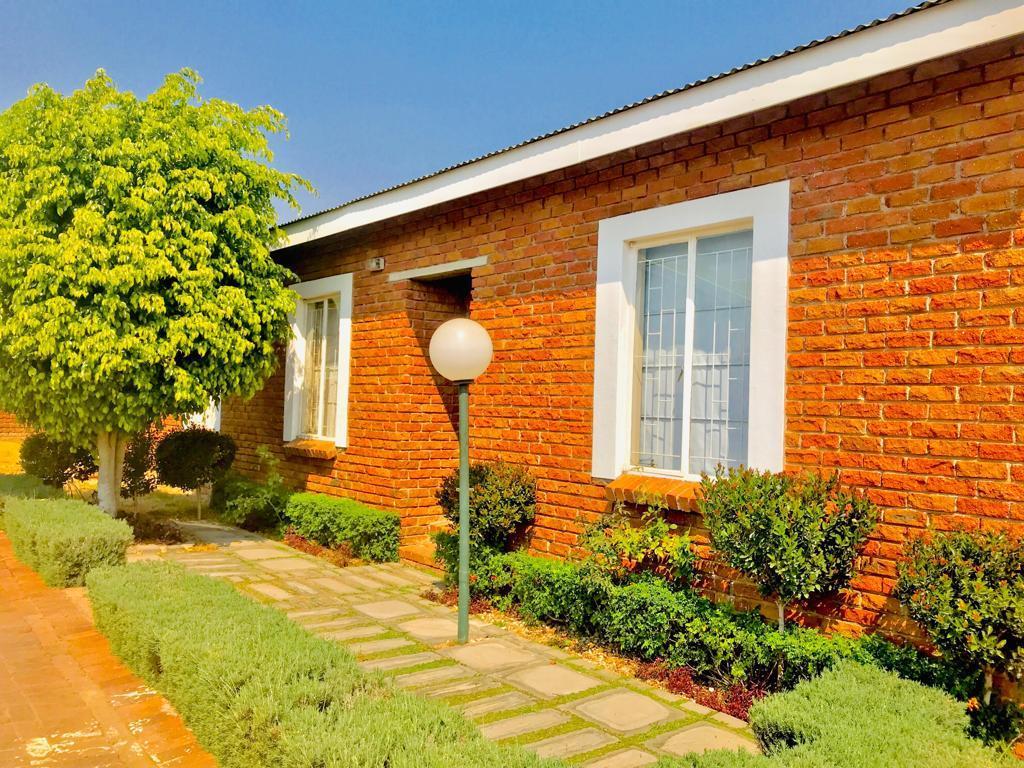 2 Bedroom House For Sale in Bendor